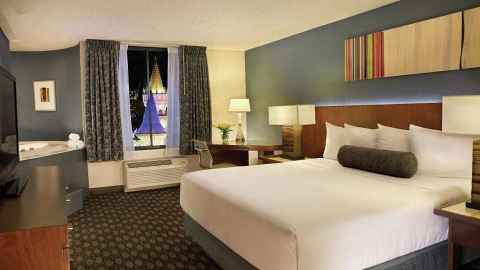 Excalibur Las Vegas Royal Superior King Room