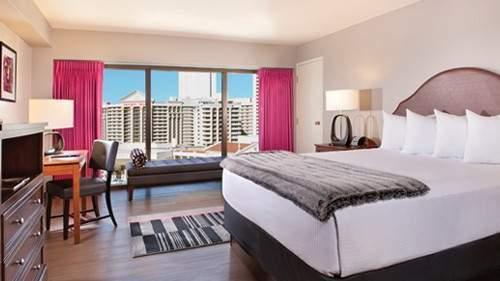 Flamingo Las Vegas Fab Room 1 King