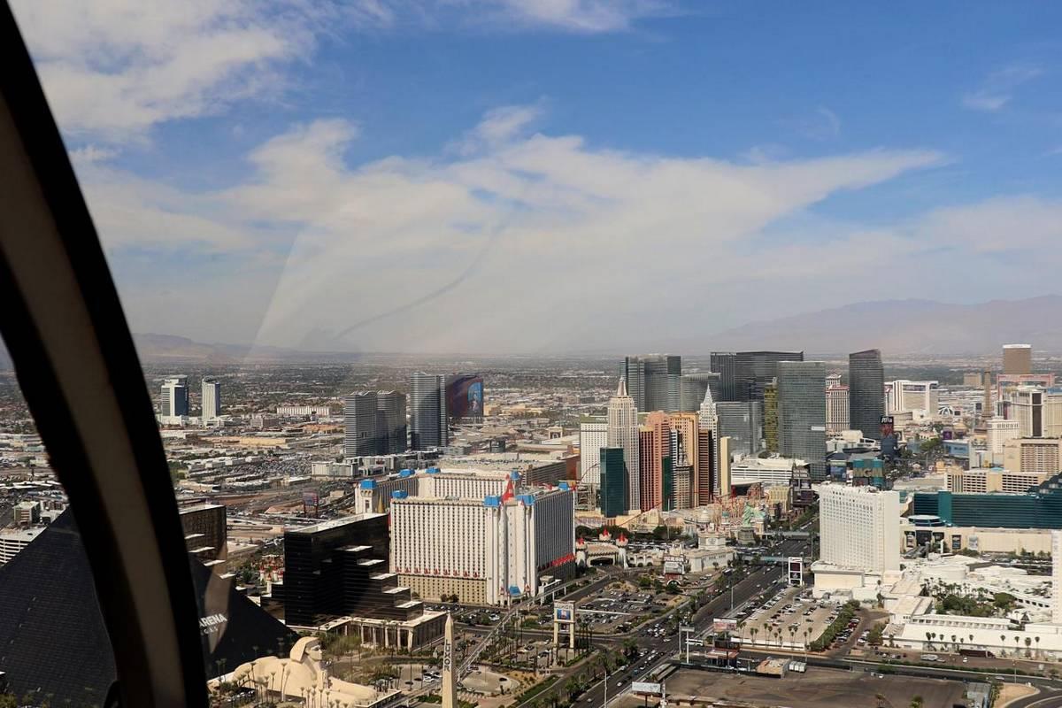 Grand Canyon Celebration Helicopter Tour With Las Vegas Strip