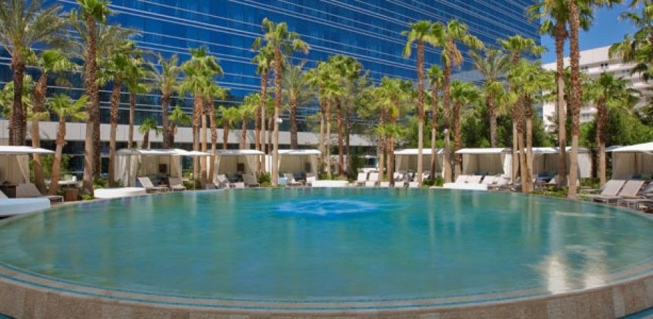 vegas club hotel casino pool