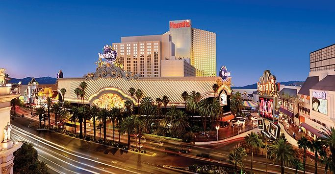 Las Vegas Coupons: where to find them and how to find the best ones, online and offline, away from Las Vegas and when you are in Vegas.