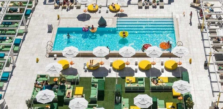 Downtown Grand Las Vegas Citrus Rooftop Pool