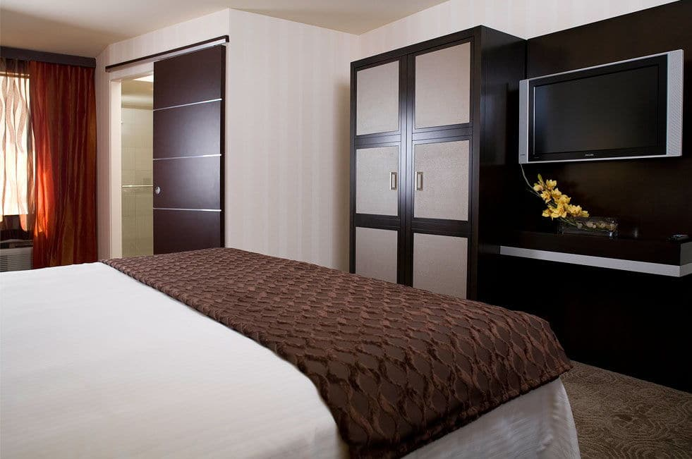 Gold Coast Las Vegas Deluxe Two Doubles Room