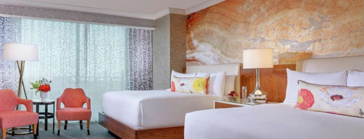 Mandalay Bay Las Vegas Deluxe Room 2 Queens