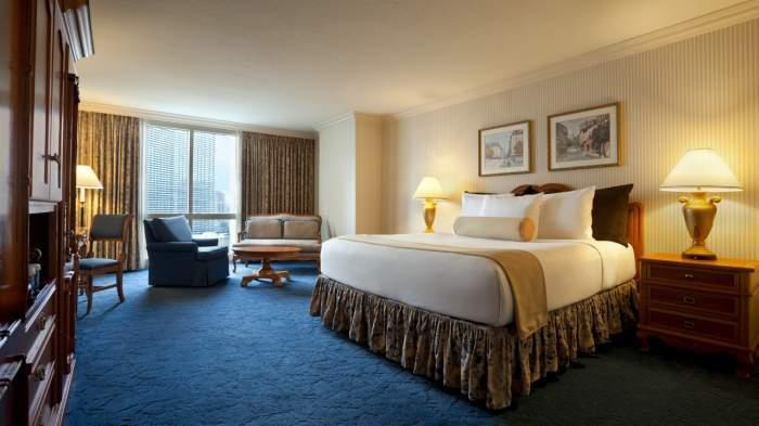 Paris Las Vegas Classic Room 1 King