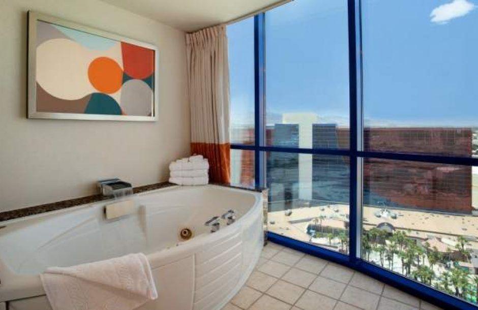 Rio Las Vegas Masquerade Suite