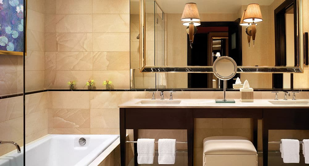 Encore Las Vegas Resort Suite Bathroom