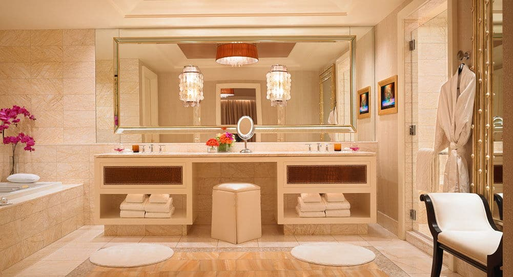 Encore Las Vegas Salon Suite Bathroom