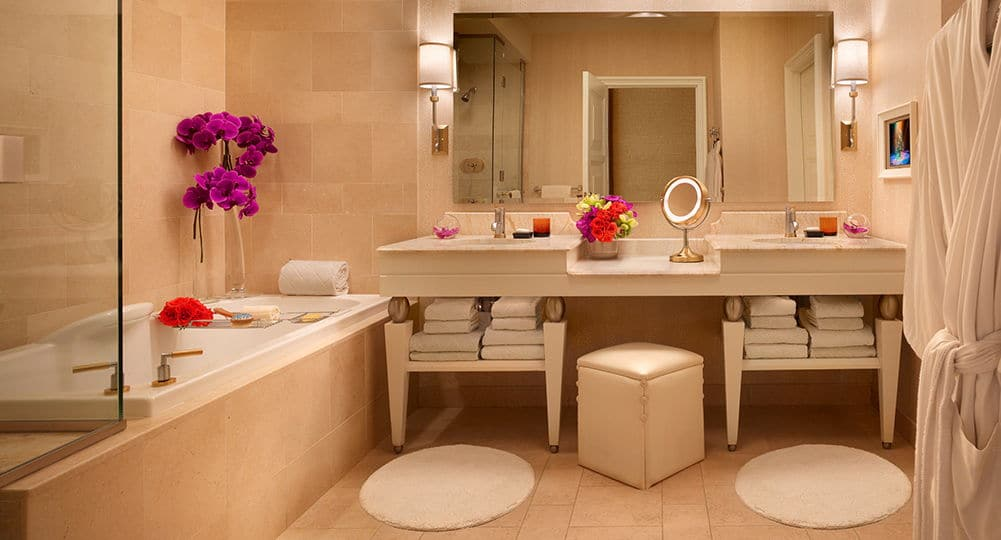 Wynn Las Vegas Tower King Suite Bathroom