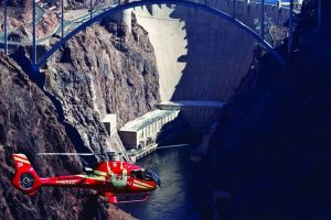 Hoover Dam Deluxe Bus & Helicopter Tour
