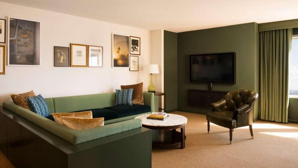 Park MGM Las Vegas Skylark Suite Living Room