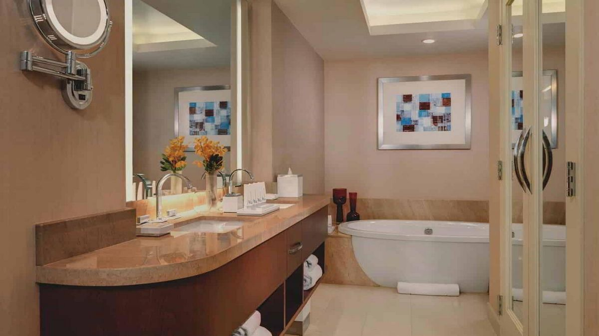Aria Las Vegas Corner Suite Bathroom