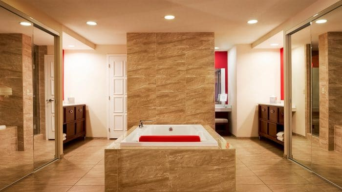 Bally's Las Vegas Jubilee Premium Bathtub