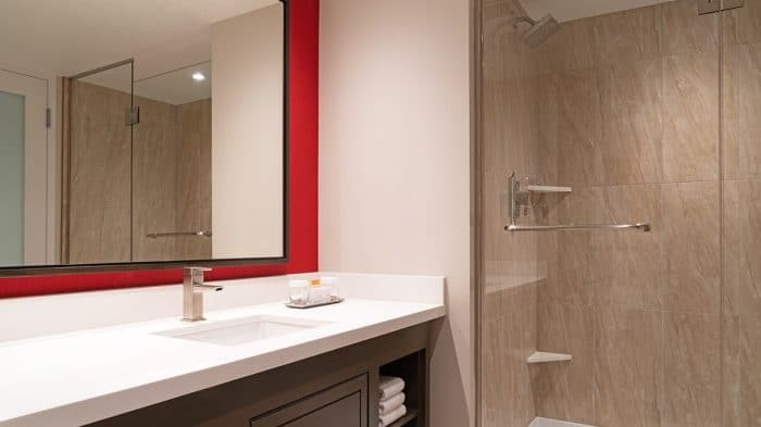Bally's Las Vegas Resort Room Bathroom