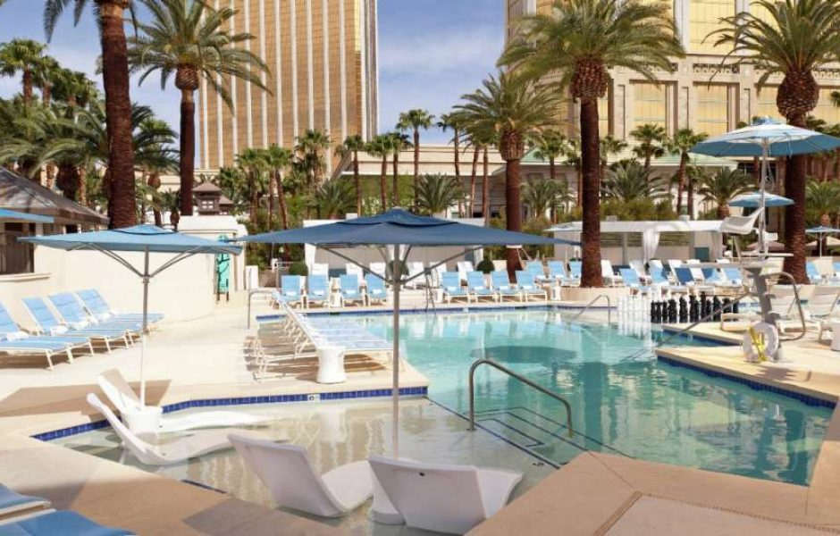 Delano Las Vegas Beach Club