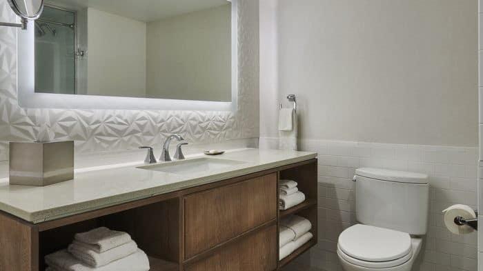Flamingo Las Vegas Flamingo Executive Suite Bathroom