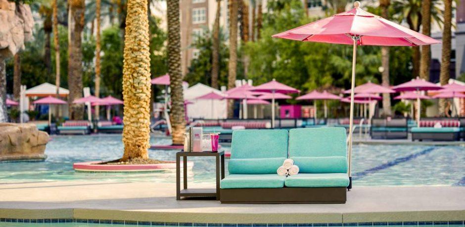 Flamingo Las Vegas Go Pool Daybed