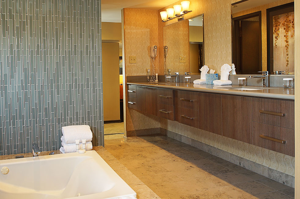 Gold Coast Las Vegas Luxury Suite Bathroom