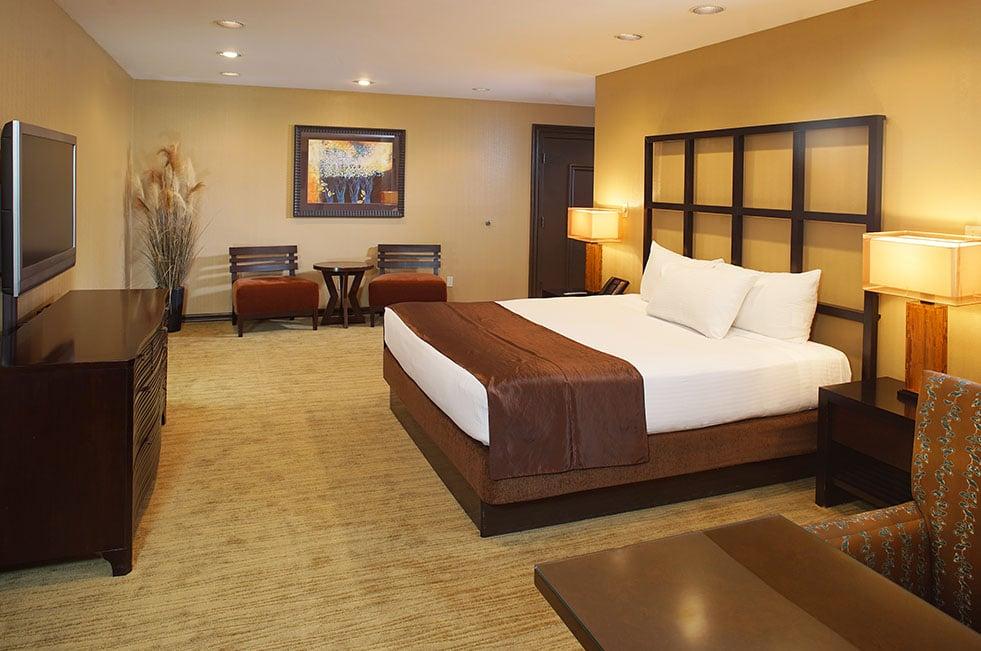 Gold Coast Las Vegas Luxury Suite