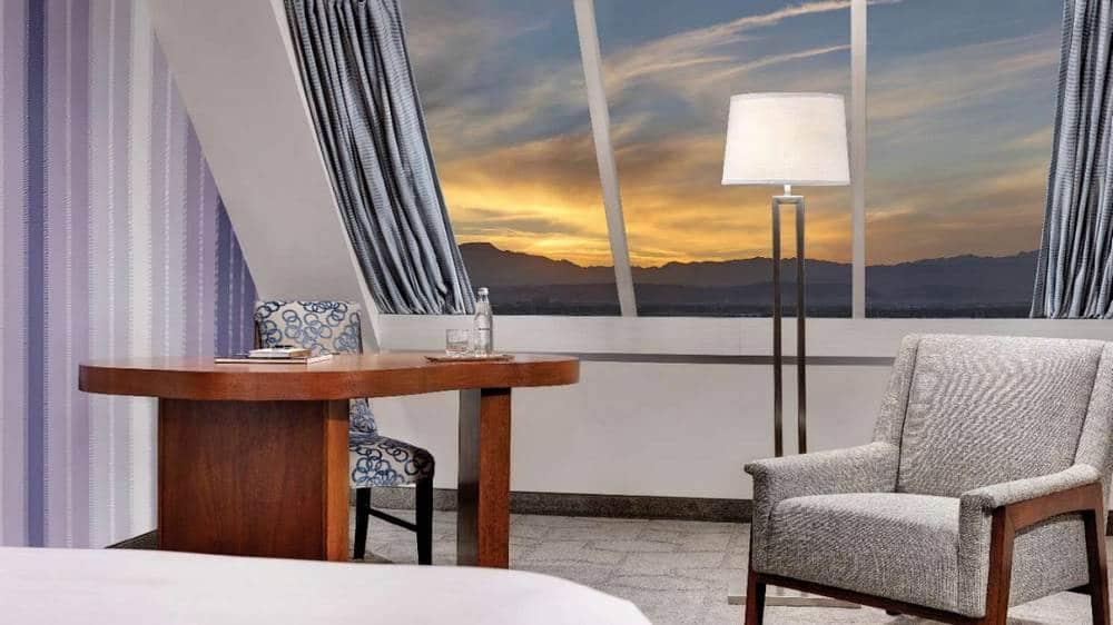 Luxor Las Vegas Pyramid Premium Room