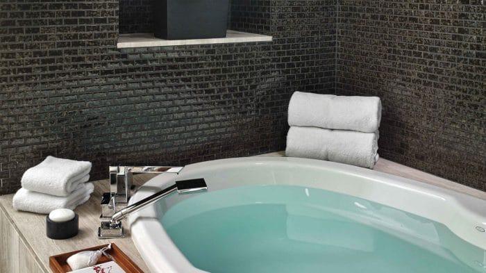 Nobu Hotel Las Vegas Sake Suite Bathroom
