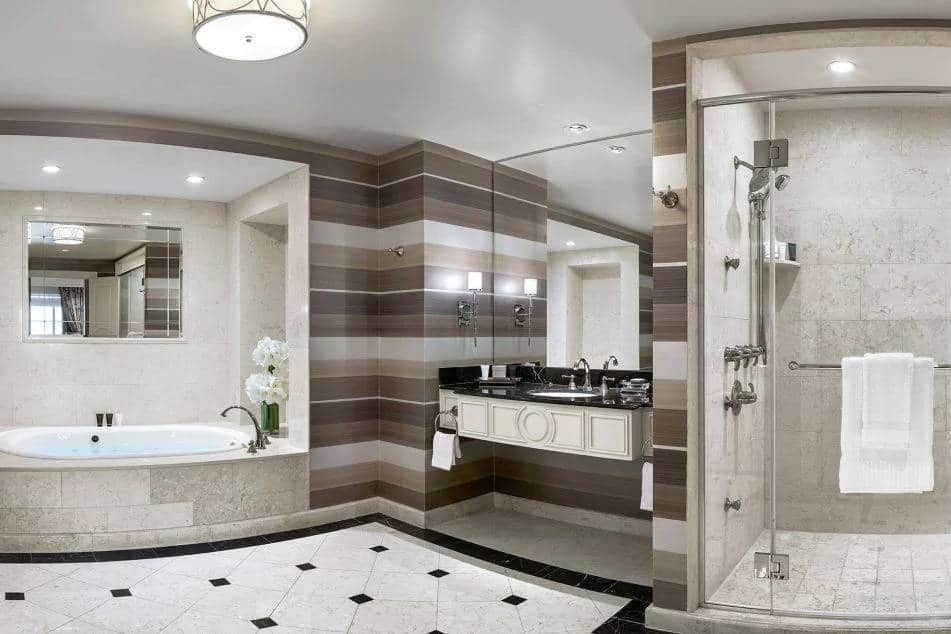 Palazzo Las Vegas Grand One Bedroom Suite Bathroom