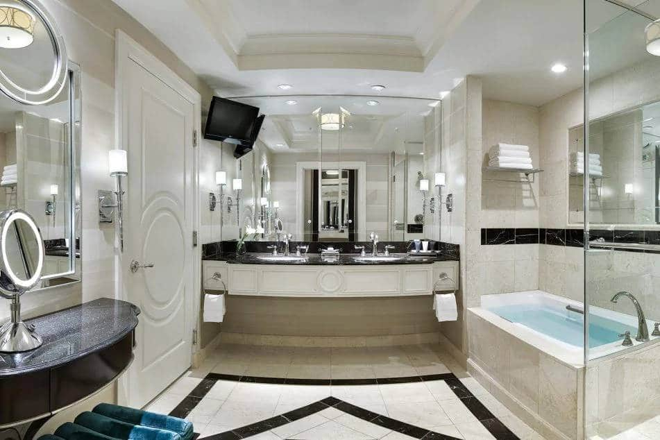 Palazzo Las Vegas Premium King Suite Bathroom