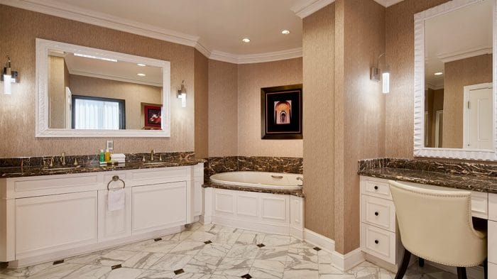 Planet Hollywood Las Vegas Bay Suite Bathroom