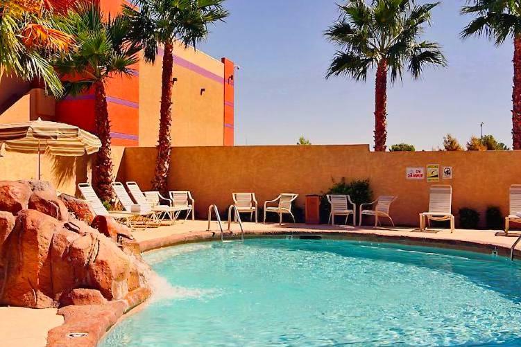 Santa Fe Station Las Vegas Pool