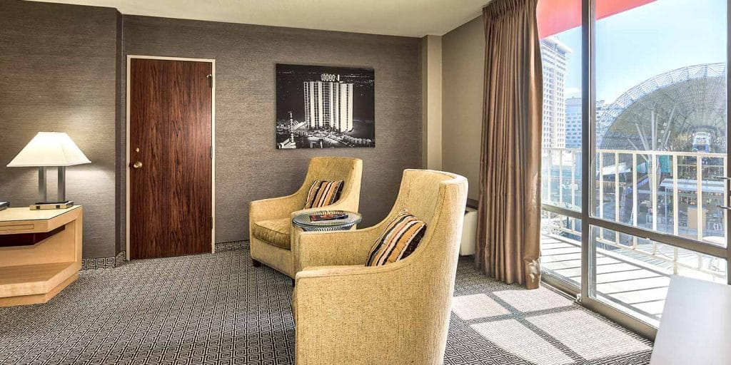 The Plaza Las Vegas Junior Suite Seating Area