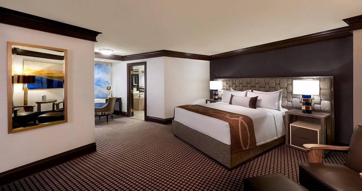 Treasure Island Las Vegas Luxury Suite