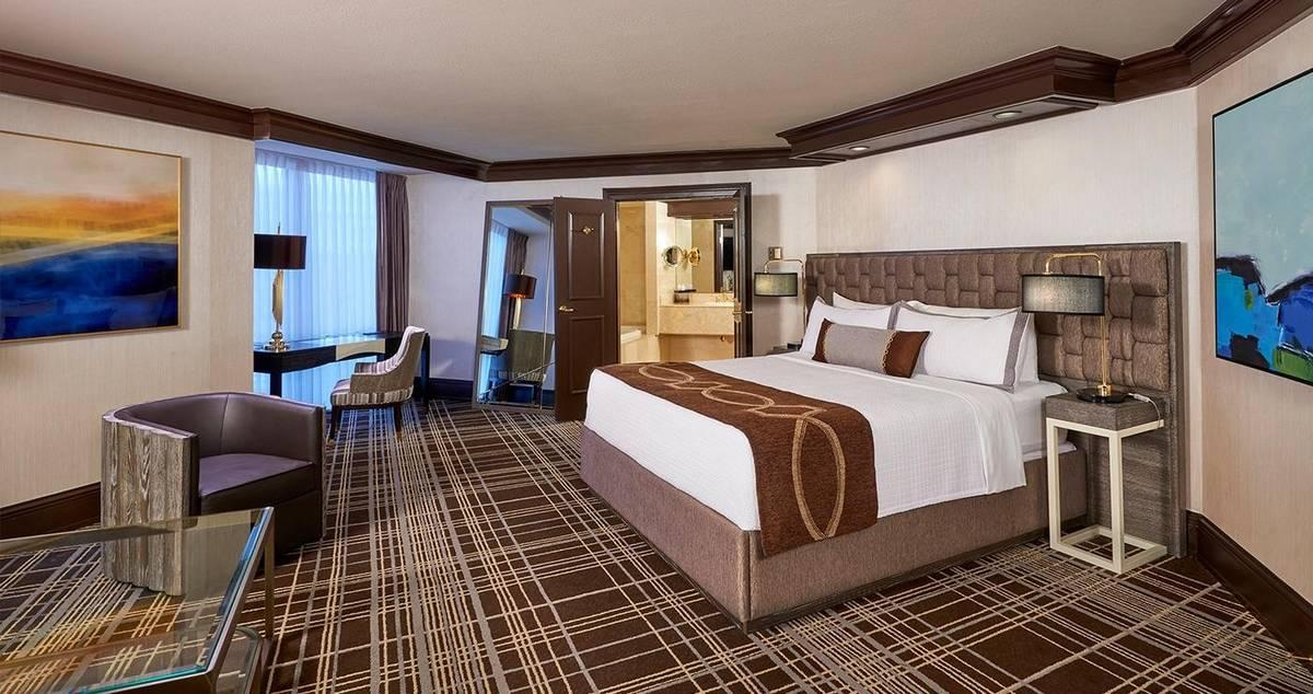Treasure Island Las Vegas Premier Suite