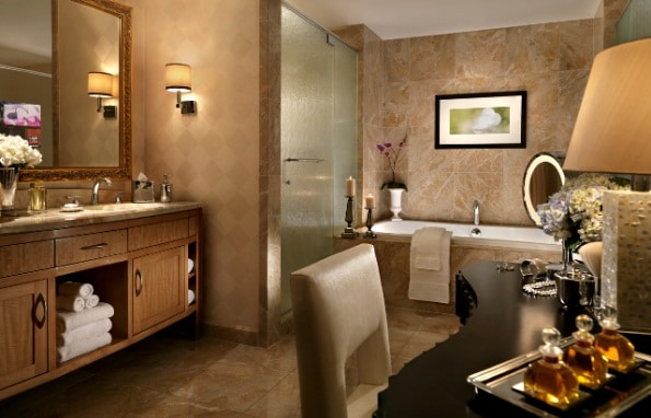 Trump Las Vegas Deluxe One Bedroom Suite Bathroom
