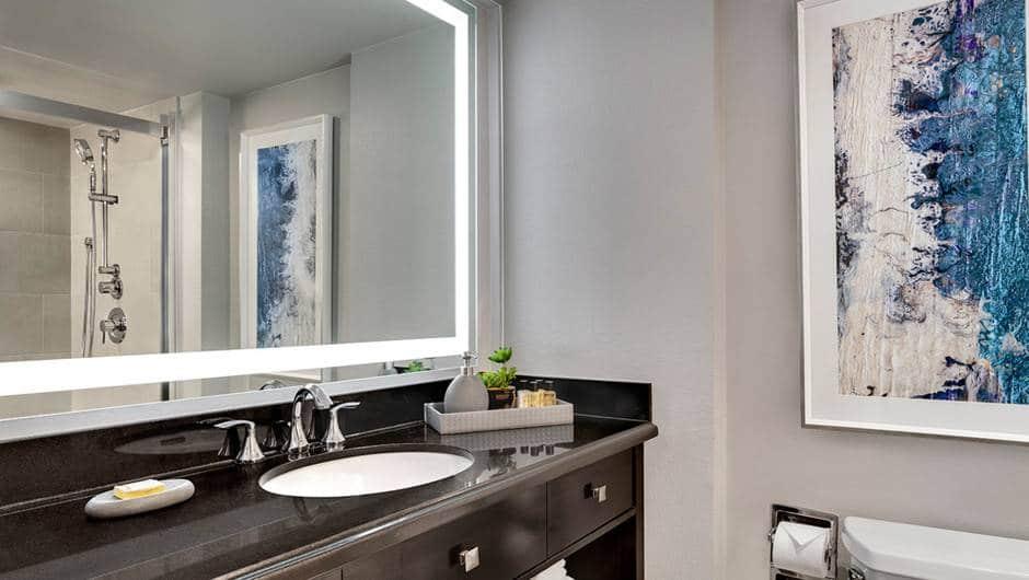 Westgate Las Vegas Luxe Room Bathroom