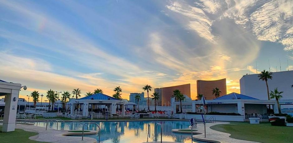 Westgate Las Vegas Pool Sunset