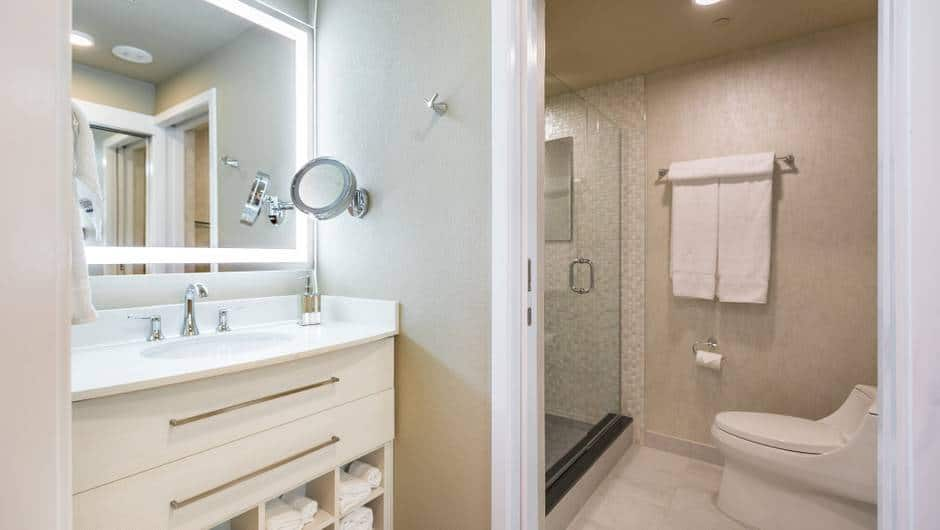 Westgate Las Vegas Studio Suite Bathroom